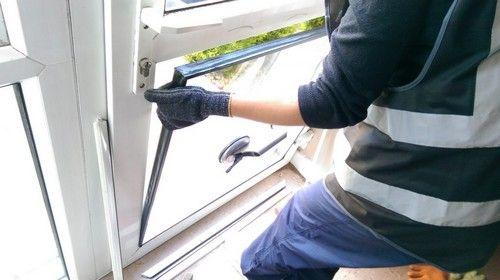Réparation châssis, porte et fenêtre à Bruxelles